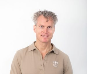Dr Robert Bauder MSc MSc Zahnarzt Kitzbühel Tirol Keramikimplantate